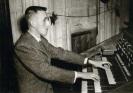 À l'orgue de la Cathédrale d'Auxerre, en 1956