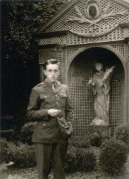 Au retour du Tyrol, rue de Caylus à Auxerre, en 1945